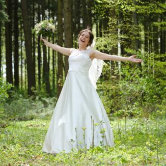 Bei der Hochzeit sich so frei fühlen Als nirgendwo anders als in der Natur.