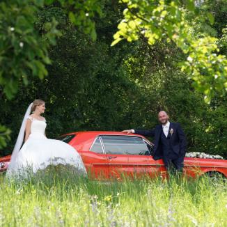 Hochzeitsfotografie beginnt und endet im Grünen.