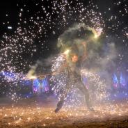 Reportage Fotografie mit Feuer und Flammen.